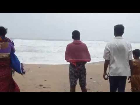 Cyclonic storm Hudhud in Puri, Odisha on Sunday 12.10.2014