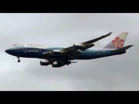 Spotting at John F. Kennedy International Airport - April 30, 2011