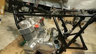 CB750 Restoration Part18 - Checking for Oil Pressure and Stripping Carburettors