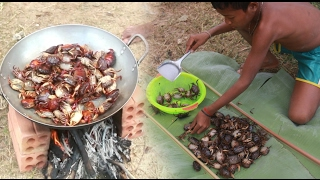 Amazing Two Children Cook Crabs - How To Cook Crabs In Cambodia - Countryside Food