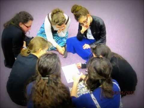Rohr Bais Chaya Academy Bnos Chabad Finale of 5772.wmv
