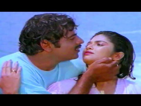 Mr. Raja Kannada Movie Songs || Jhumak Jhumak || Ambarish || Thara video