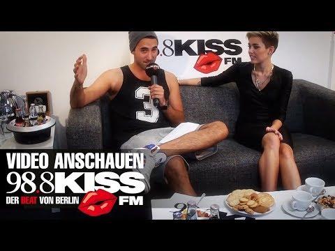 MILEY CYRUS IM KISS FM INTERVIEW MIT TOLGA BEI 98.8 KISS FM