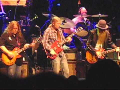 Derek Trucks Solo with Billy Gibbons @ Allmans 40th Anniversary Beacon Show Tuesday March 24th 2009