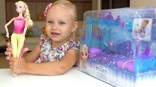 Кровать для Эльзы Фрозен Холодное сердце распаковка Bed for Elsa Frozen unpack