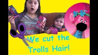 Girl and little boy open Season 3 TROLLS blind bags! And OOPS! They CUT THEIR HAIR!