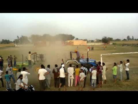 sonalika 60rx vs john deer 5203 kali-rAi jatt  farm tractor in vill.. khan-khana
