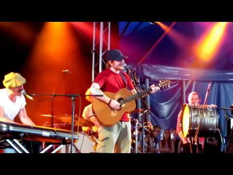 Ed Sheeran Latitude 2016 with Foy Vance full performance