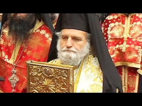 Orthodox Christians celebrate Easter in Jerusalem - no comment
