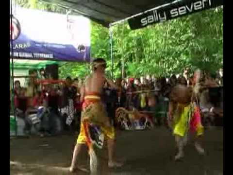 Jathilan Turonggo Mudho Cindelaras (tmc) Babak 2 Full.flv video