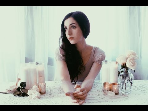 Marissa Nadler - The Sun Always Reminds Me Of You