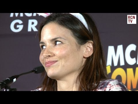 Arrow Katrina Law Interview - Kissing Sarah & Marrying Oliver