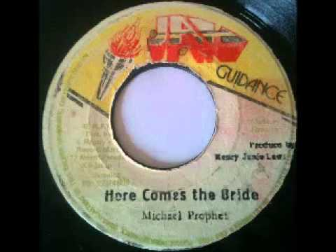Michael Prophet + Roots Radics - Here Comes The Bride + Bride's Dub (1981 Jah Guidance) video