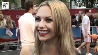 Jessica Jane Clement Interview