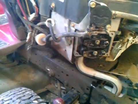 twin briggs  stratton valve issues askthemowerguycom