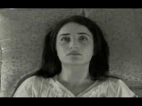 Zeynep'in Sekiz Günü Fragman