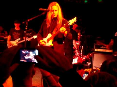"Corey Taylor  ""Would"" Alice in Chains with Jerry Cantrell   & Camp Freddy 12-18-09"