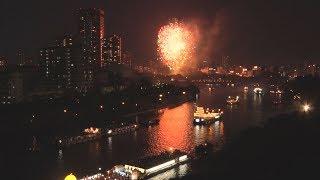 夜空彩る5千発の花火