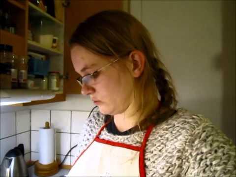 Hold mig med selskab til kreative projekter i køkkenet - Vlog 23/12 2013