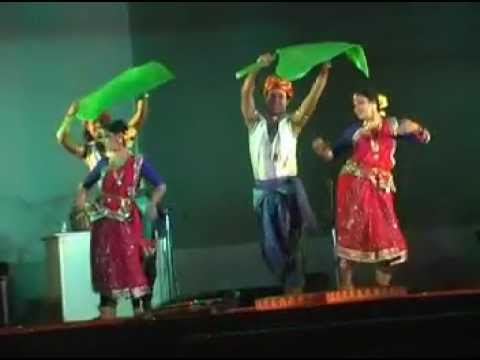 Chata dhoro he deora a tribal romantic dance by Wizards Performing...