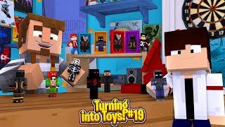 Minecraft  Toys #19 - FORTNITE TOYS ORGANISE A BATTLE ROYALE IN THE TOY STORE!!