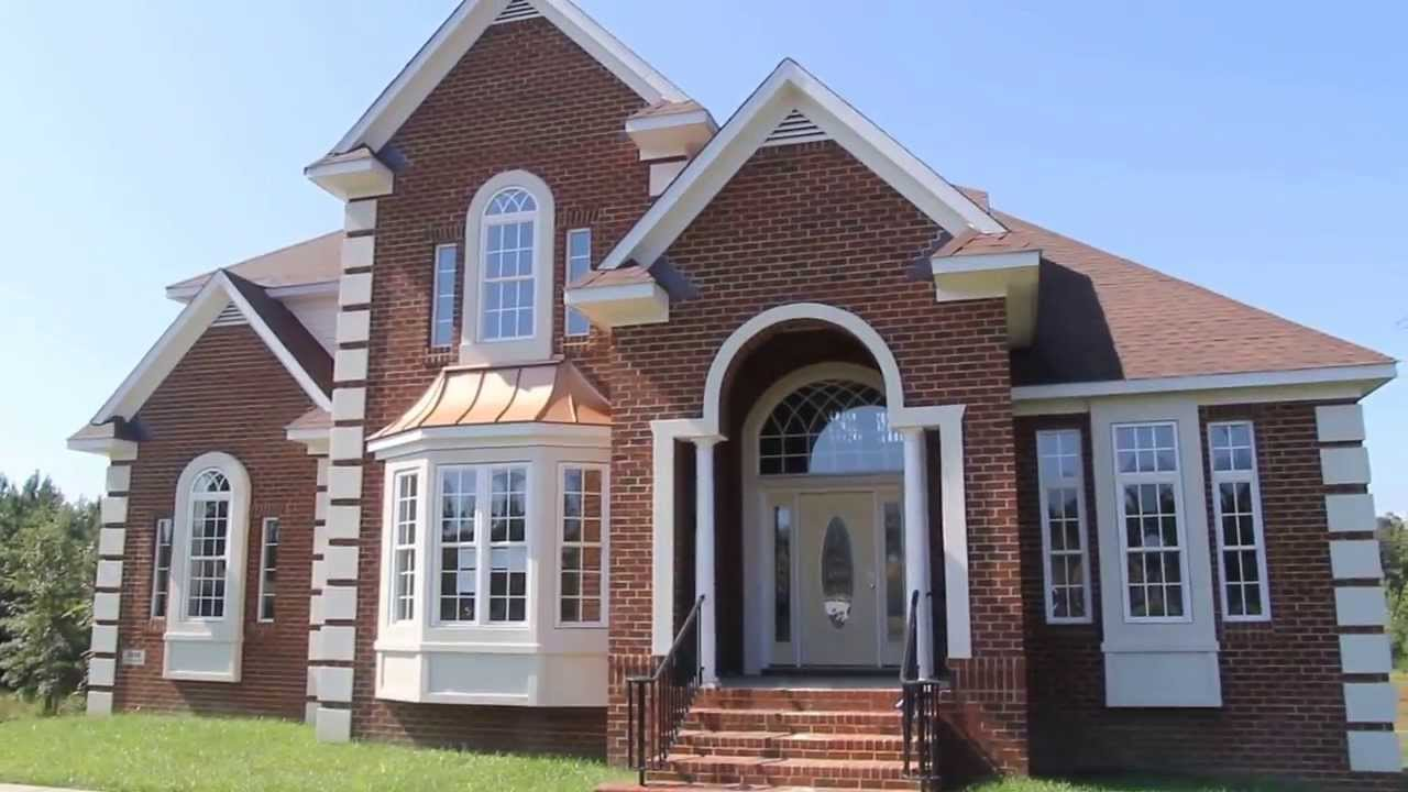 Mini mansion many upgrades mini price over 4500 sq for Cost to build a house in virginia