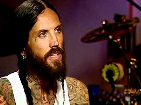 Ex-Korn Guitarist Finally at Peace