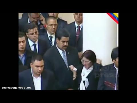 Penúltimo adiós a Chávez, que no será embalsamado