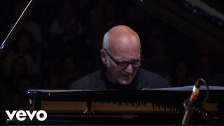 Ludovico Einaudi Elements Live In London 2016