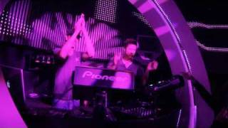 Watch Cosmic Gate Back To Earth video