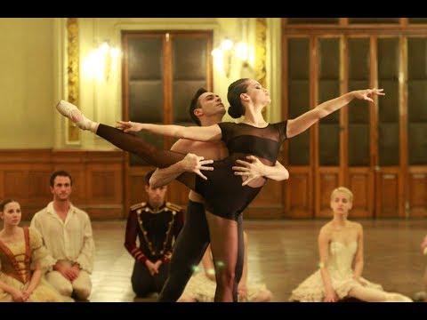 Luz Cipriota Patin , Ballet y Acrobacias