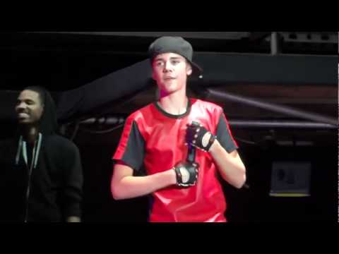 Eenie Meenie - Justin Bieber 12 10 11 video