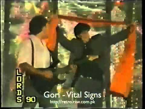 goray rang ka zamana live junaid jamshed vital signs