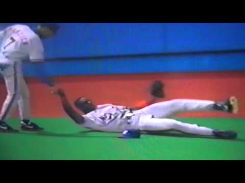 http://www.courtsidetweets.com Rondell White of the Montreal Expos saves the day for John Wetteland with a diving catch to rob Todd Zeile of the St. Louis Cardinals in 1994! The Expos were...