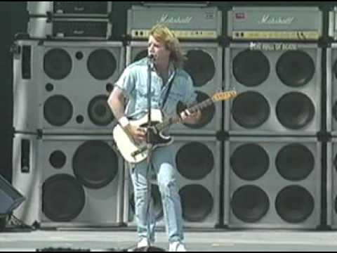 in the army now - status quo (live) Video