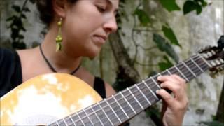 Ojos Verdes _ Laura Garcia Torres (Ciclo de Cantautores)