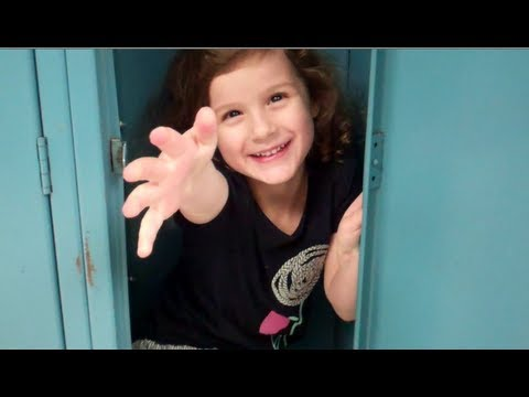Girl Shoved in Locker (WK 115)