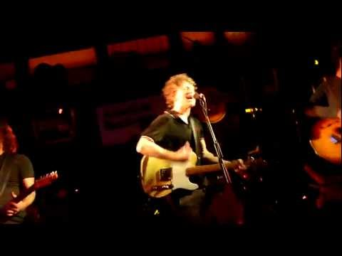 Cast - Free Me - LIVE @ Hard Rock Cafe (London) 22/02/12