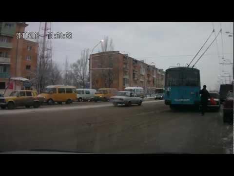 Троллейбус VS такси