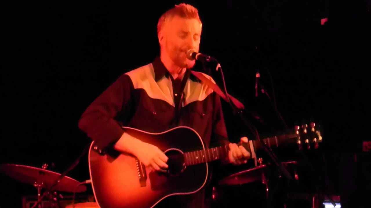War Between Billy Bragg Between The Wars