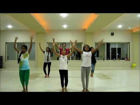 Hr's Dance School { Nagada Sang Dhol } video
