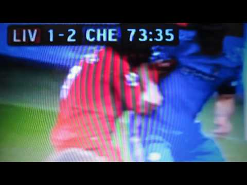 LUIZ SUAREZ BITTING IVANOVIC ON THE ARM LIVERPOOL VS CHELSEA 2-2