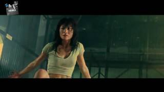 Best Action Movies - Naked Weapon 1