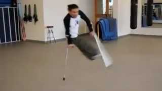 Break Dance en muletas en MSN Video