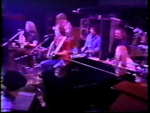 Grateful Dead - On The Road Again