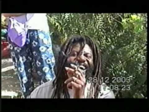 A very professional tourist guide - BOB MARLEY MUSEUM - Zion / Jamaica