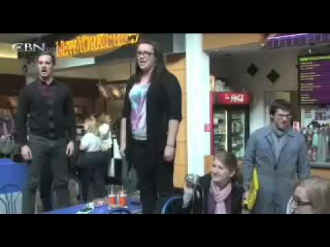 Flash Mob Hallelujah Chorus a YouTube Sensation