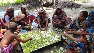 Green Banana Gravy Prepared / Cooking By Villagers & Serve To Village Peoples | Tasty Village Foods