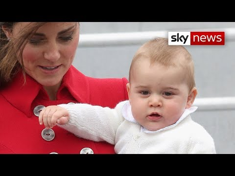 Prince George Gives His First Royal Wave As Kate And William Arrive In New Zealand