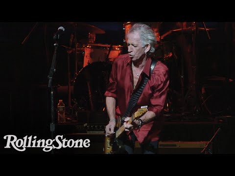 Watch Keith Richards Play 'Happy' at the Apollo Theater
